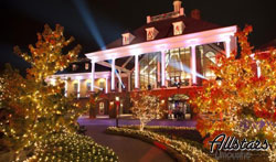 photos of jellystone park nashville christmas lights
